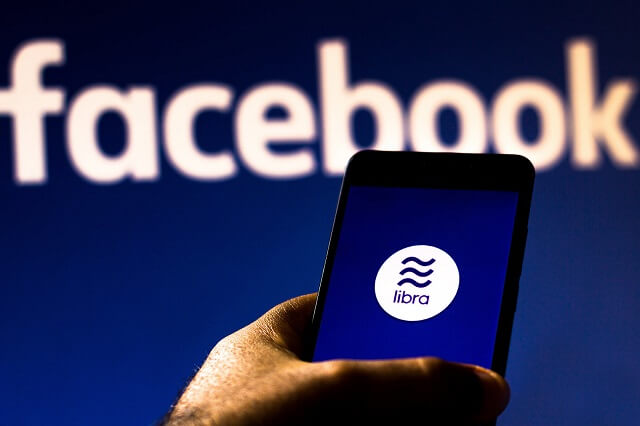 فرنسا توجه ضربة قوية لعملة فيسبوك الرقمية Libra