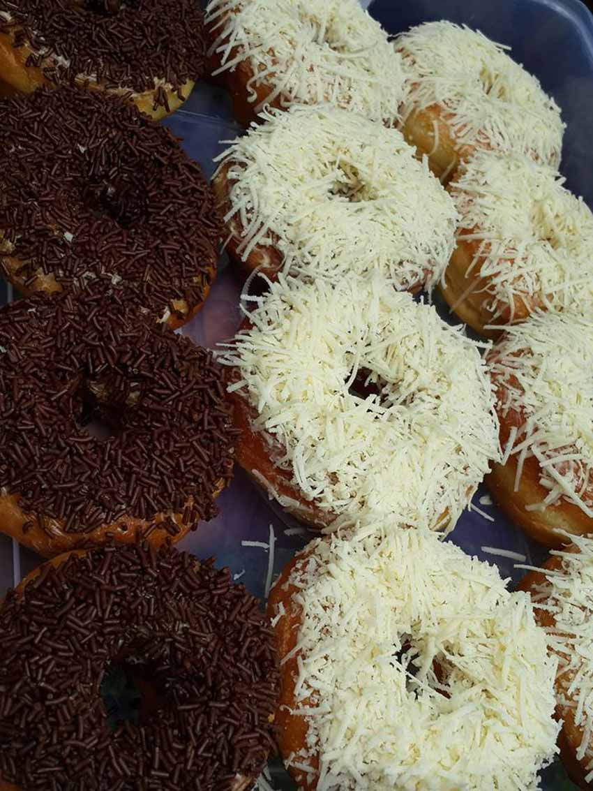 Sukaaaa Bangeeet Karena Donutnya Empuk by Shinta Lestari Cocok Sama Resep Donat Ini, Sukaaaa Bangeeet Karena Donutnya Empuk