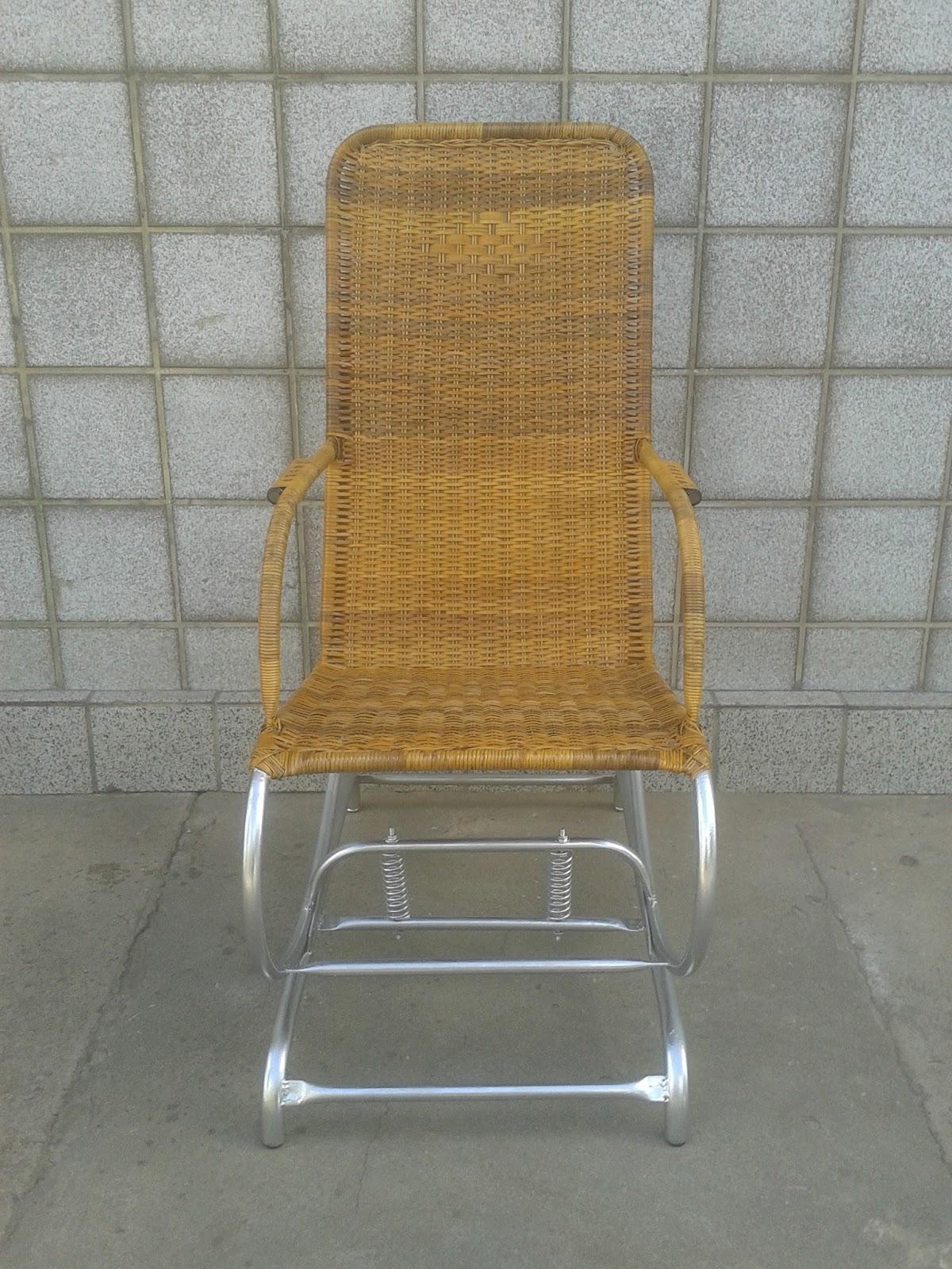 Cadeira de Balanço Adulto com Molas fabricada com Fibra Natural de  #927139 1200x1600