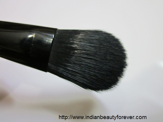 Faces Foundation and concealer brush
