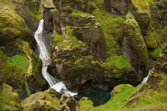 Cañón Fjaðrárgljúfur