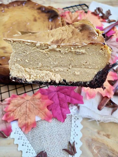 Receta de tarta de queso y boniato asado. Sweet potato cheesecake recipe. Canela, galletas, chocolate, oreo, postre, merienda, capricho, otoño, autumn, batata, horno, Cuca