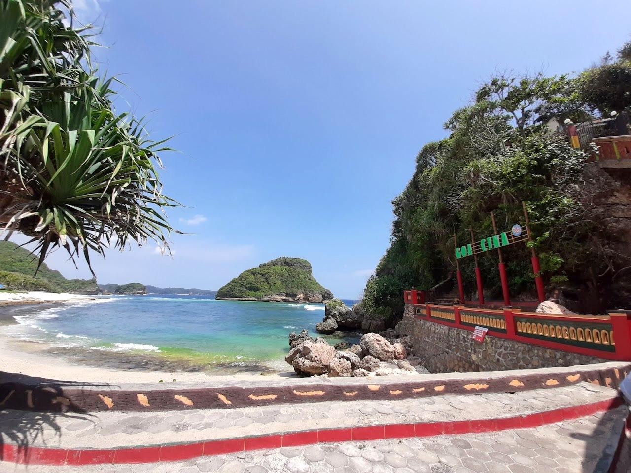 Info Harga Tiket Masuk Pantai Goa Cina Malang 2020 Penawisata Com