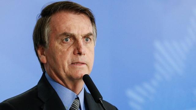 Bolsonaro recua sobre suspensão do contrato de trabalho por 4 meses