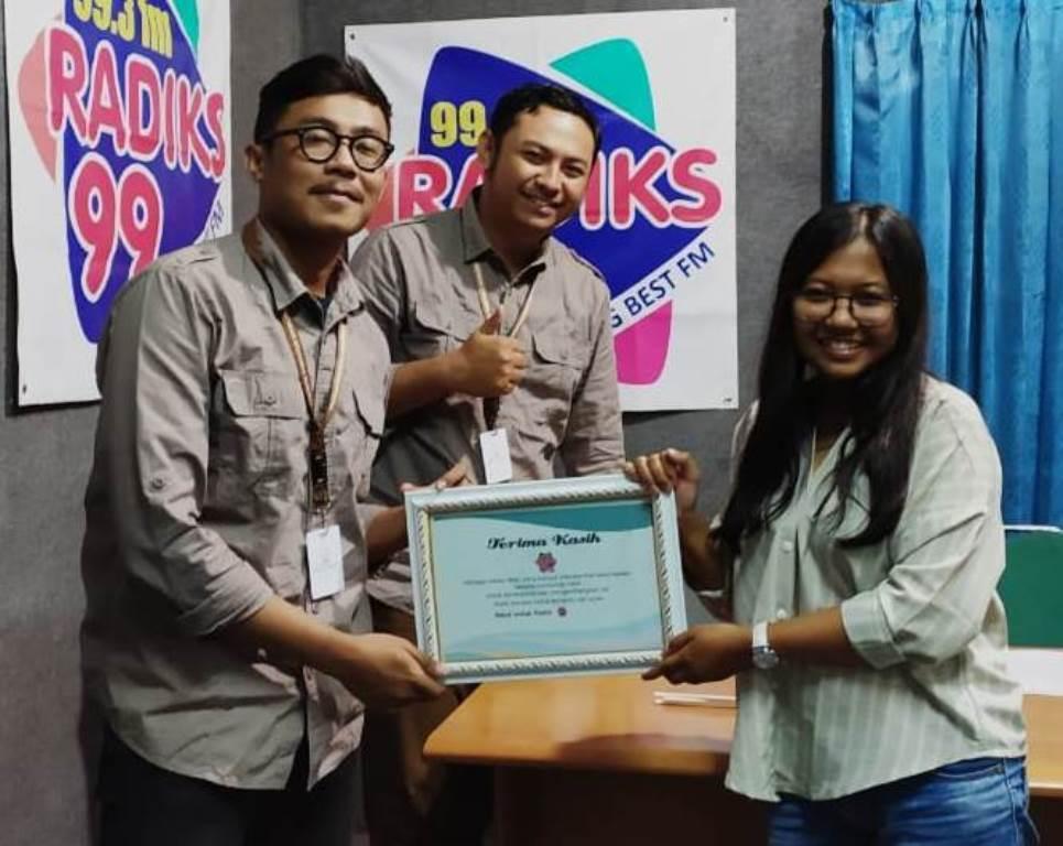 On Air di Radiks 99 Best FM Semarang, IKAMaT Bagi Kisah Sukses Relawan Mangrove KeMANGTEER