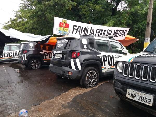 Policiais detidos por deserção durante motim no Ceará vão permanecer presos após decisão judicial