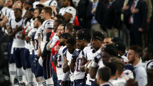 No players kneel during national anthem at Super Bowl