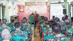 Dr. Aqua Dwipayana Beri Motivasi Kepada Prajurit dan Persit Kodim Pekalongan