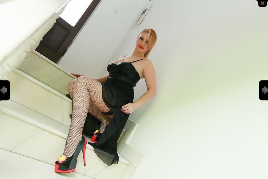 https://pvt.sexy/models/2v3l-charlizegold/?click_hash=85d139ede911451.25793884&type=member