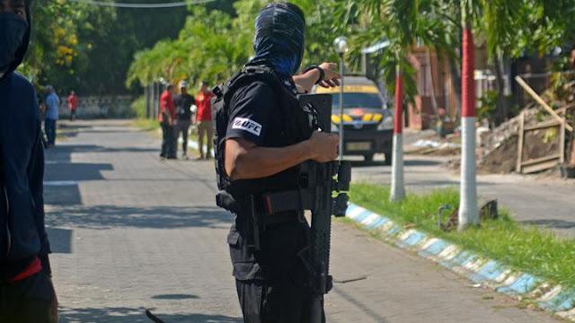 Identitas Terduga Teroris yang Ditembak Mati di Surabaya
