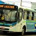 Bandido apanha de passageiros durante tentativa de assalto a ônibus, em Nova Iguaçu