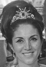 sunburst tiara princess fatimeh pahlavi iran emerald spinel pearl diamond