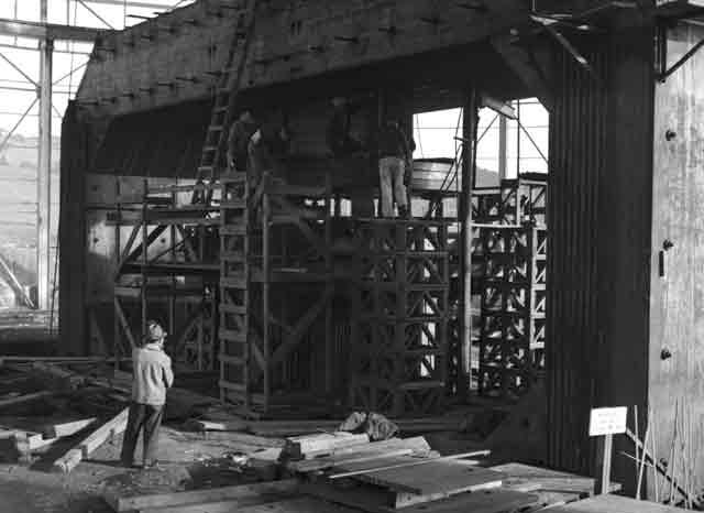 Cyclotron under construction in California, 17 December 1941 worldwartwo.filminspector.com