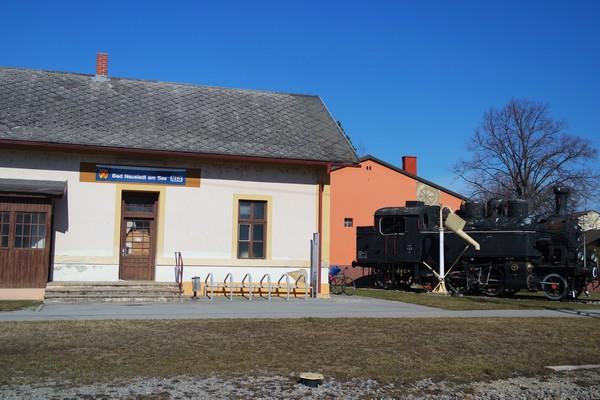 autriche burgenland neusiedlersee neusiedl am see gare bahnhof