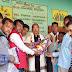 सेवानिवृत्त शिक्षक नदिया बिहारी मंडल को एक विदाई समारोह का आयोजन कर भावभीनी विदाई दी गई।