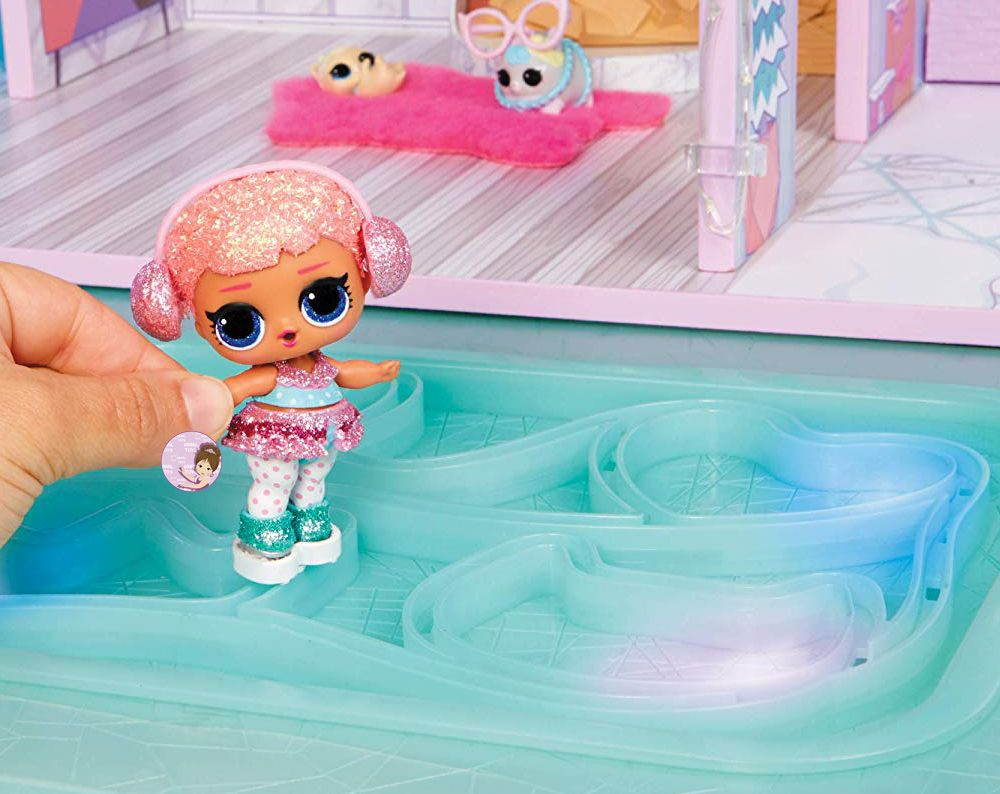Skating rink for L.O.L. Surprise Ice Ice B.B. doll