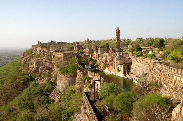 Chittorgarh Fort in Chittorgarh, Rajasthan  IMAGES, GIF, ANIMATED GIF, WALLPAPER, STICKER FOR WHATSAPP & FACEBOOK