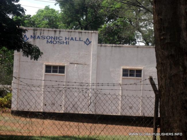 The Masonic Observer: Freemasons Waivamia Moshi-Wabandika Matangazo Ya Kujiunga
