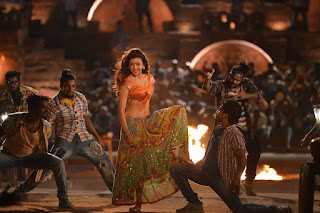 Kajal Agarwal pakka local janatha garage 004.jpg