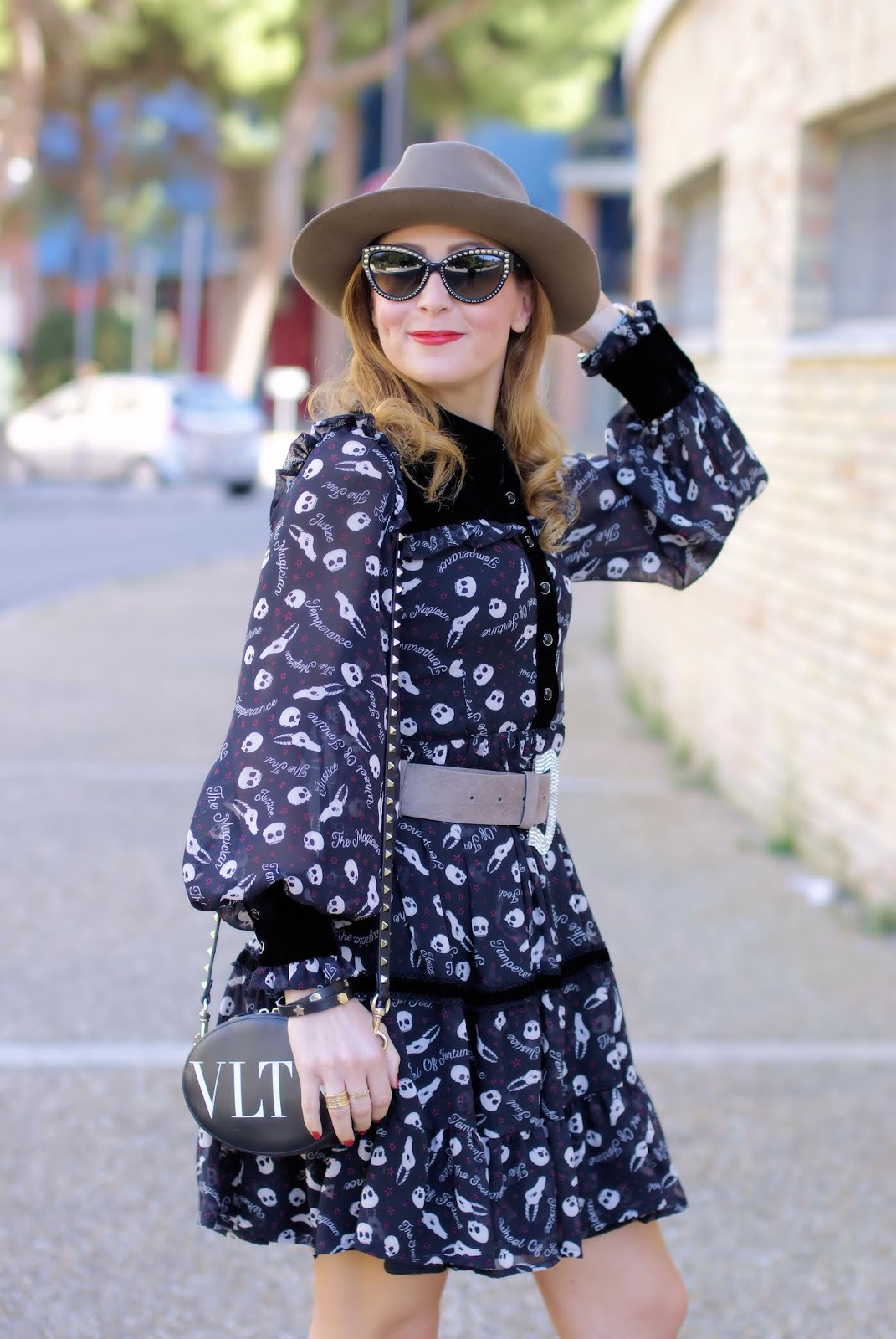 Maggie Sweet dress, VLTN bag on Fashion and Cookies fashion blog, fashion blogger style