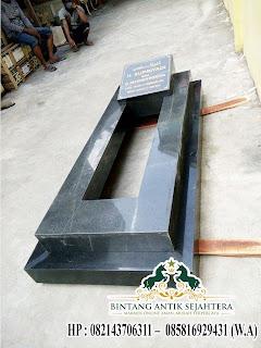 Desain Makam Granit