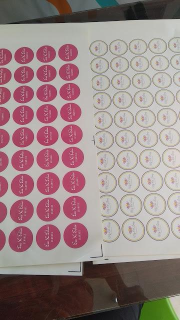 Stiker untuk Produk
