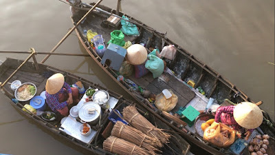 real-mekong-delta-tour-Phong-dien-floating-market