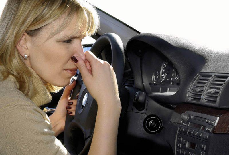 Tầm quan trọng của việc khử mùi hôi trên xe ô tô