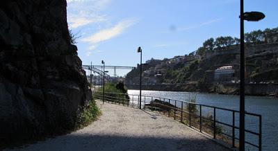 cainho e vista para o rio douro