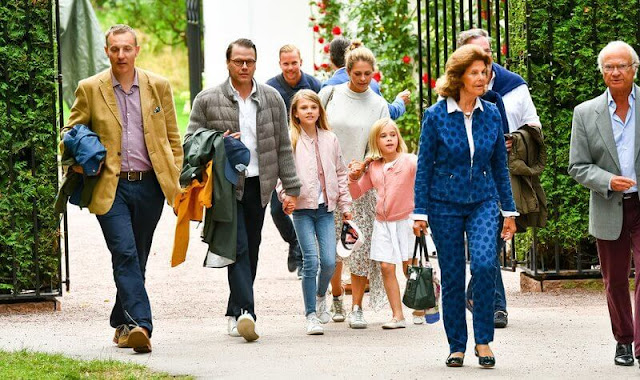 King Carl Gustaf, Queen Silvia, Prince Daniel, Princess Estelle, Princess Madeleine, Princess Leonore and Christopher O´Neill