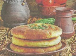 Сытная мясная лепешка на пасхальном столе-отличное угощение, с легкостью заменит полноценное второе блюдо