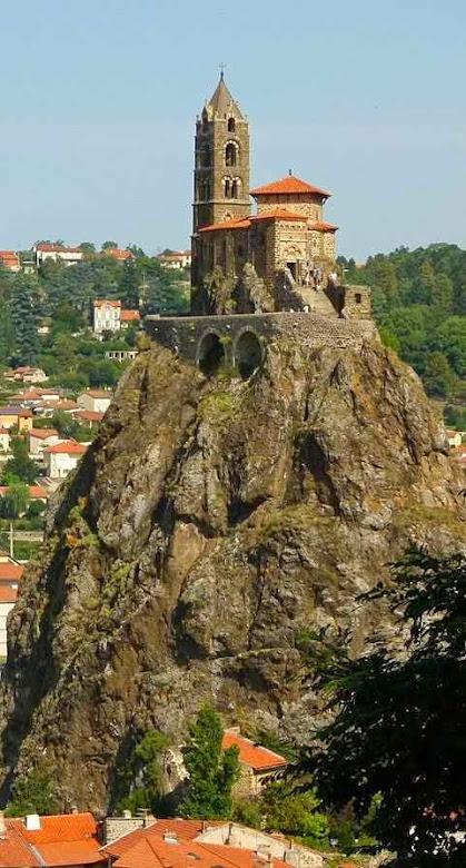 Le Puy-en-Velay:  capela de São Miguel da Agulha
