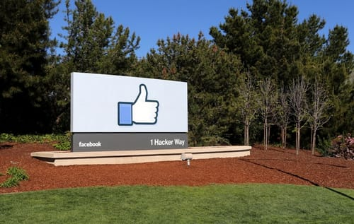 Facebook is negotiating a ban with Australia