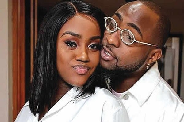 Davido Wasn't Lying, He Gifted Chioma Porcshe - Chioma's Neighbor Revealed, Shared Video Of The Porshe.