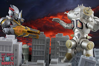 S.H. Figuarts Ultraman X MonsArmor Set 21