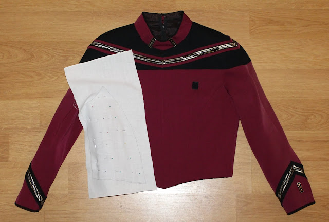 Free TNG season 2 admiral uniform pattern