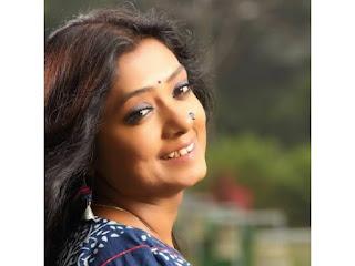 Ke bajai banshite Lyrics in Bengali-Subhamita Banerjee