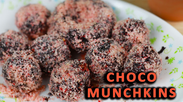 This is how to make an inspired Dunkin Donut Choco Munchkins.