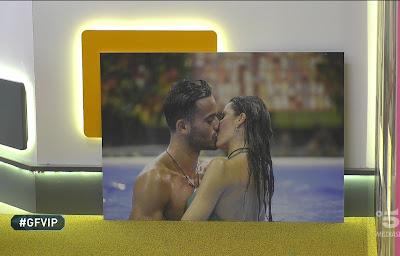quadro Pierpaolo Petrelli Elisabetta Gregoraci bacio