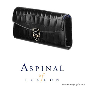 Kate Middleton carried Aspinal of London Aspinal Beulah Blue Heart Black Croc Clutch