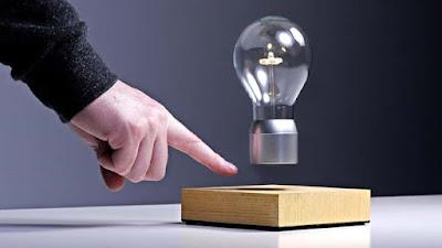 Levitating Lightbulb