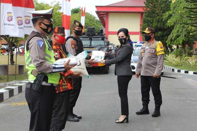 Kapolda Kalteng dan Komisi III DPR RI Lepas Pendistribusian 3000 Masker