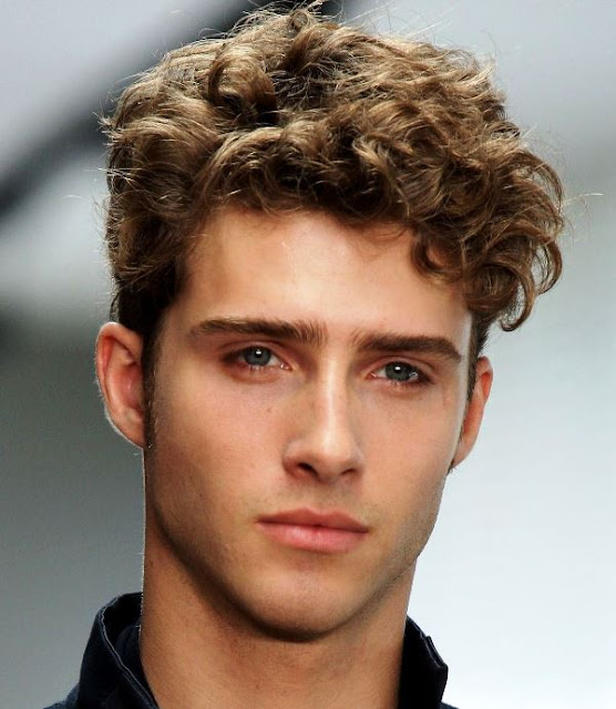 Choose a Suitable Curly Hairstyle for Men