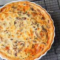 http://www.bakingsecrets.lt/2014/11/grybu-tarta-mushroom-tart.html