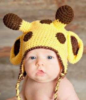 http://translate.google.es/translate?hl=es&sl=en&tl=es&u=http%3A%2F%2Fwww.jennyandteddy.com%2F2014%2F08%2Fgiraffe-crochet-hat-free-pattern%2F