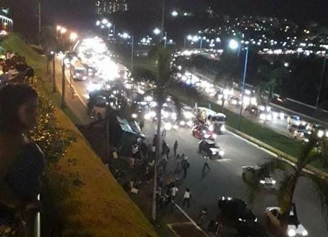 Ônibus cai de ribanceira próximo a shopping e deixa feridos em Salvador