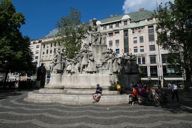 Monumento-Budapest