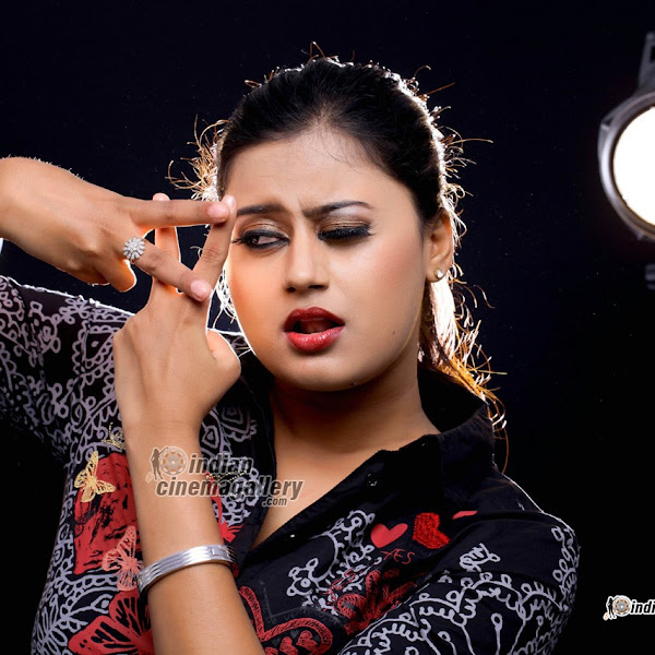 Ansiba Hassan latest photo shoot