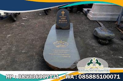 Pusara Nisan Makam Batu Alam, Batu Makam dari Batu Alam, Makam Batu Alam