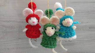 https://www.amigurumitogo.com/2017/12/crochet-pocket-mouse-free-pattern.html